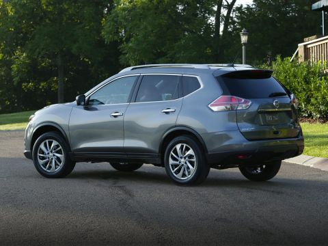 Pre-Owned 2016 Nissan Rogue